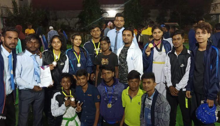 राज्य स्तरीय ताइक्वांडो प्रतियोगिता में गिरिडीह का शानदार प्रदर्शन, जीता 7 पदक